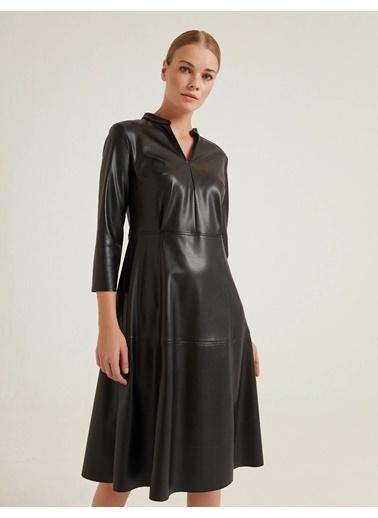 BGN Elbise Siyah
